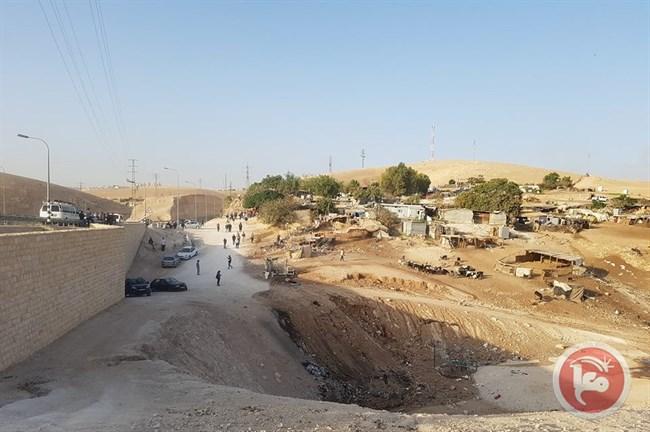 7 blessés et 4 détenus, dont des Israéliens, à Khan al-Ahmar
