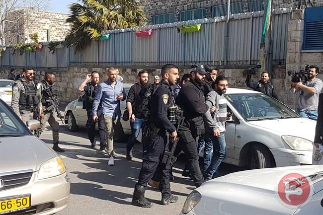 Les forces israéliennes font un raid sur l'hôpital Makassed pour empêcher un événement marquant son 50e anniversaire